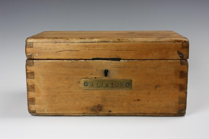 Ditty Box 1.JPG