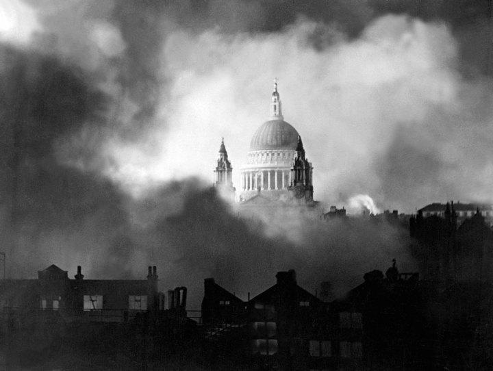 St Pauls Blitz.jpg