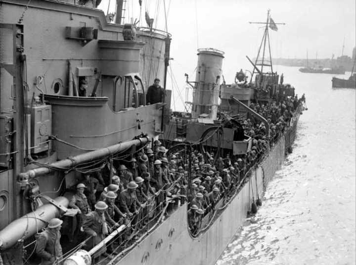 Troops arriving at Dover.jpg