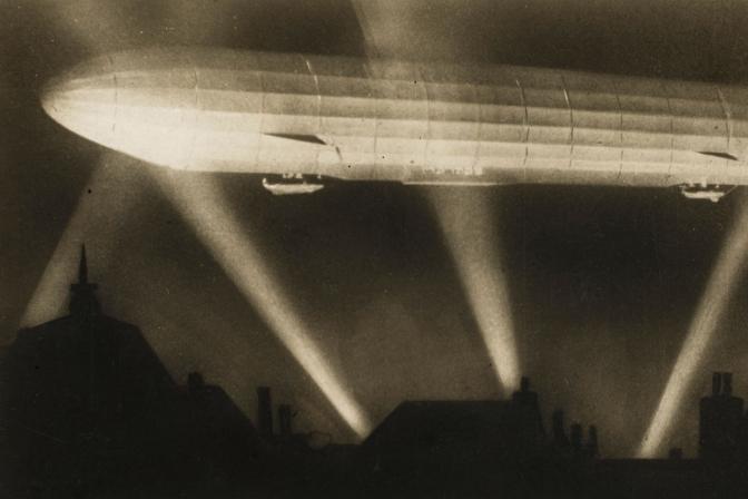 WWI Zeppelin Bombing.jpg